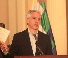 Alvaro garcia Linera en promulgacion de Ley Electoral