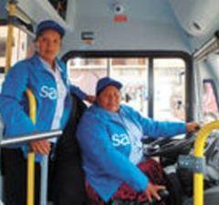 2 mujeres Sariri