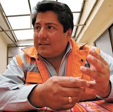 Alcalde Edgar Patana de El Alto.